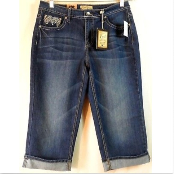 29e6f00d011 Earl Jean Women s 8 Blue Jeans Cropped Capri-NWT